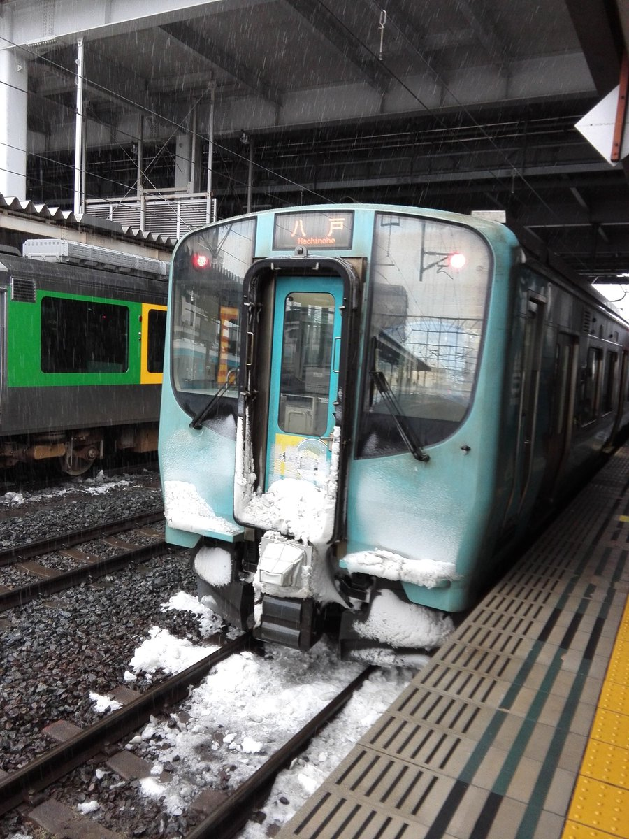 test ツイッターメディア - 青い森鉄道 青森から八戸行きに乗車。 乗車前は、星野リゾートさんの酒のあで雪見列車でその折り返しでした。酒の匂いが残った列車ですね。 https://t.co/77CPwr5XgS
