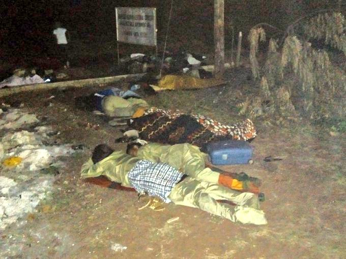DzgnSaDWwAAFQsb - Is NYSC Really Worth It??? – See Pictures Of Corp Members Sleeping Outside, A Day To The Presidential Election(Photos)