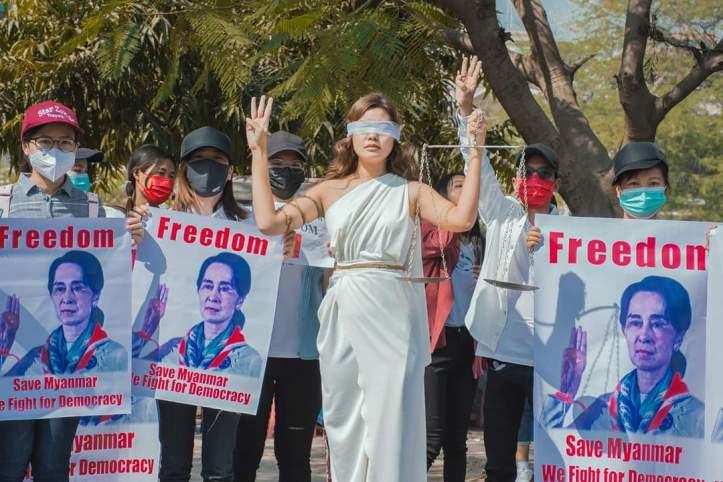 test Twitter Media - Satellite TV banned in Myanmar https://t.co/W5U25dfd1Y https://t.co/iYOHPBBNJG