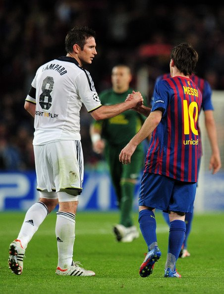 """Leo Messi 🔟 on Twitter: """"Frank Lampard on @ChelseaFC's #AskFrank series:  It's very difficult to compare players who are so elite (Messi & Ronaldo).  Both of them are incredible.… https://t.co/a1FZSnIYYI"""""""