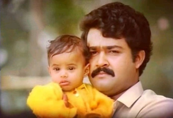 """Cine Safari on Twitter: """"One Of The Finest Medical Themed Film Which  Relating Artificial Insemination, Love B/w Mother & Son, Friendship,  Husband & Wife Bonding... Pure Gem😘 #30YearsOfDasharatham @Mohanlal  #SibiMalayil #LohithaDas #Murali #"""