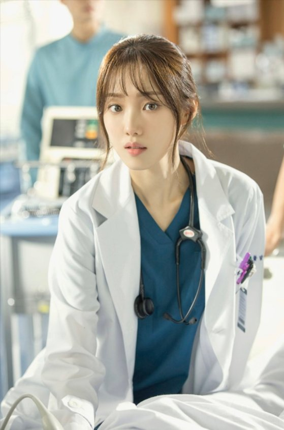 Image result for 이성경 낭만닥터 김사부2
