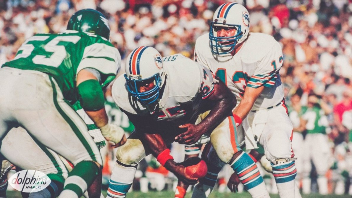 """Miami Dolphins on Twitter: """"On this day in 1998, former center Dwight  Stephenson is elected into the @ProFootballHOF. #FinsUp… """""""