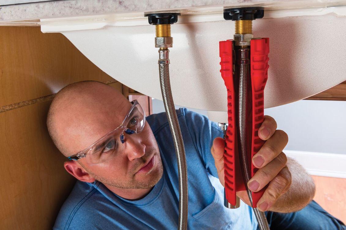 the ridgid ez change faucet tool is