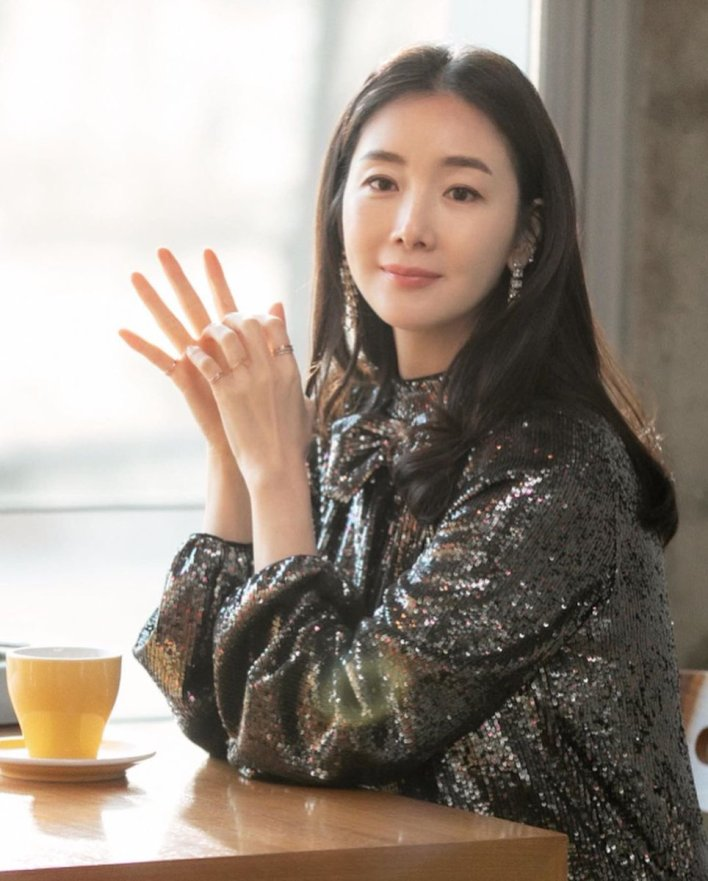 "Lolli_🍭🌧⚡️ on Twitter: ""Choi Ji Woo 💕 #CrashLandingOnYou ..."