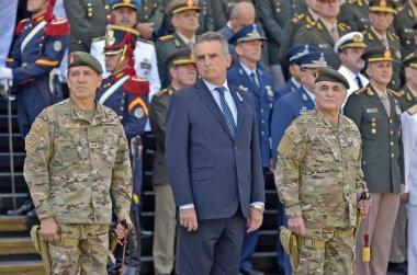 """Ejército Argentino on Twitter: """"#Hoy #CABA En el Edificio Libertador, el  @MindefArg @RossiAgustinOk tomó juramento de fidelidad y respeto a la  Constitución Nacional al nuevo jefe del @EMCOFFA_Arg, general de brigada  Juan"""