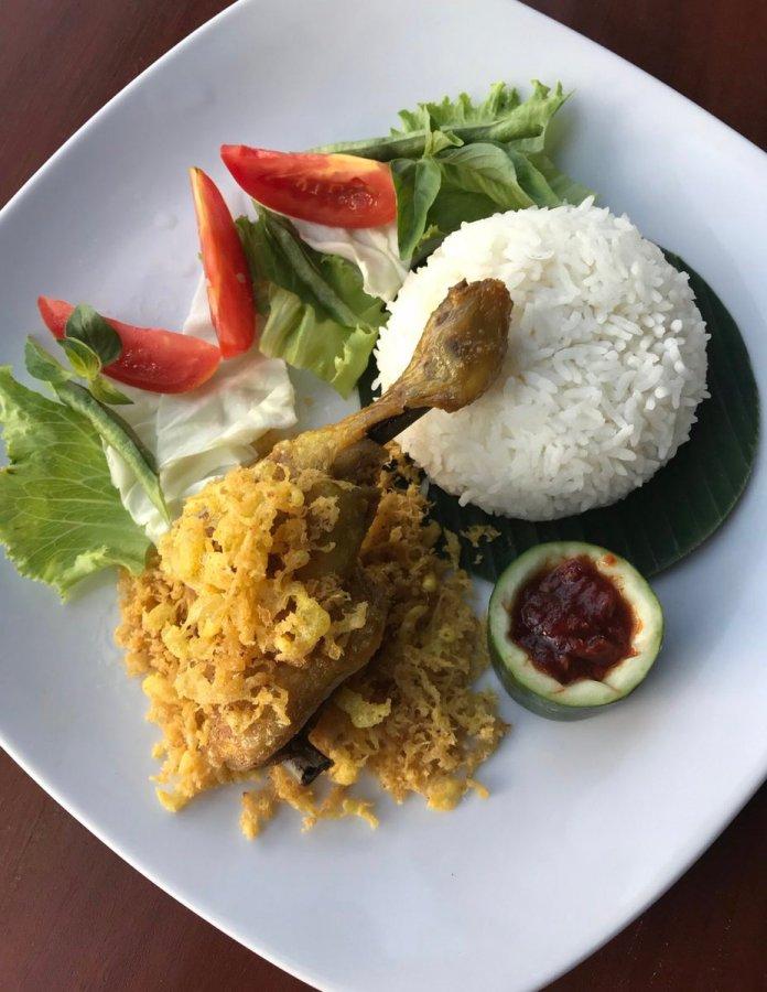 Hotel Neo Pontianak On Twitter Ayam Penyet Looks So Yummy Food Pontianakfood Pontianakculinary Neogajahmada Neopontianak