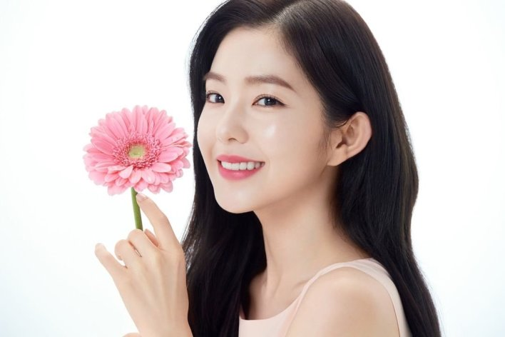 "IRENE (아이린) NEWS on Twitter: ""[PHOTO] 200401 #IRENE 'CLINIQUE ..."