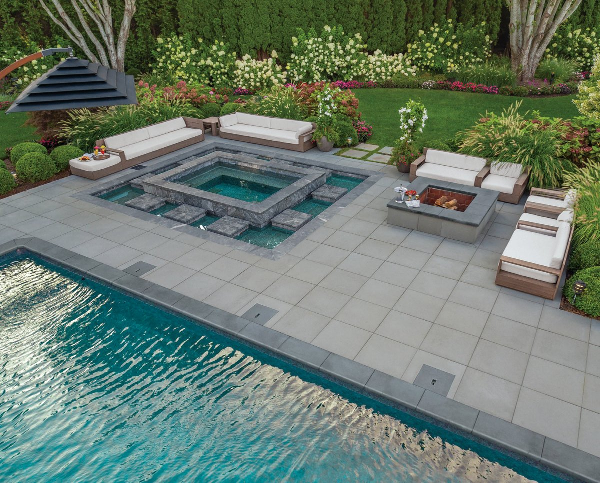 the modern 24x24 smooth paver from