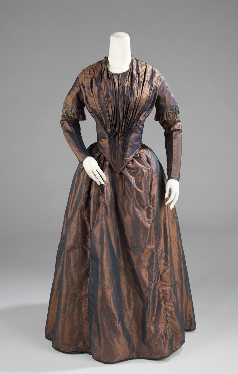Met Museum - Afternoon Dress: American, 1845 - copper taffeta with a dark iridescence. Public Domain.