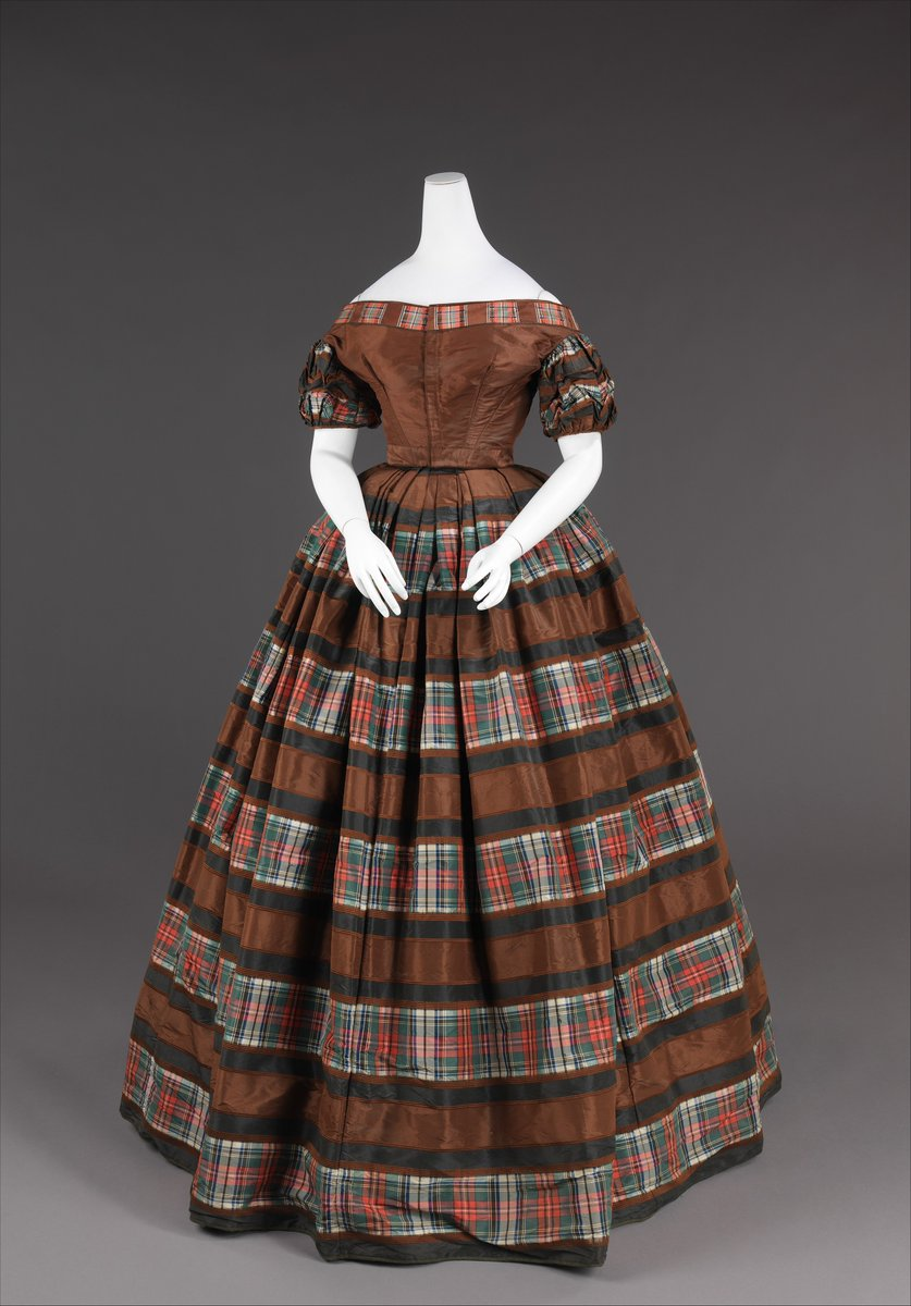 Plaid striped day dress, cotton and silk - Met Museum, England
