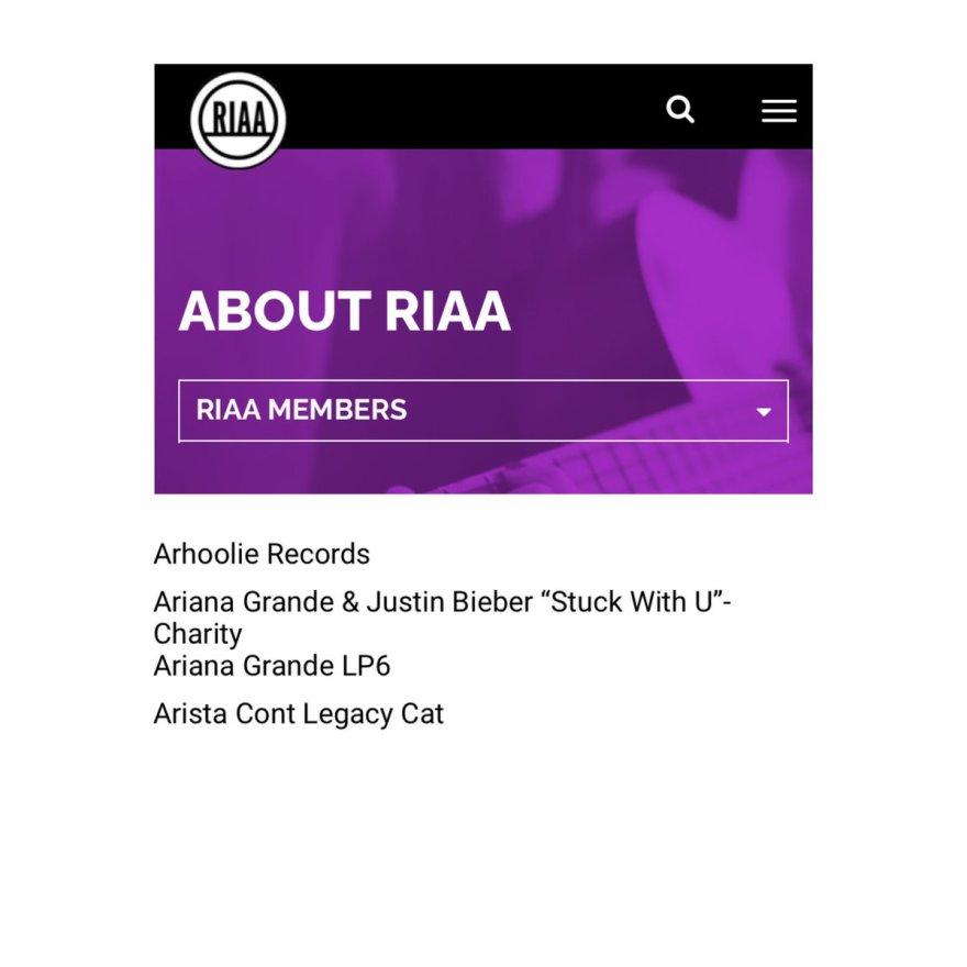 Segundo site da RIAA, Ariana Grande pode ter aberto sua própria gravadora