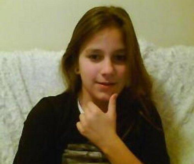Nadia Styles Pempus