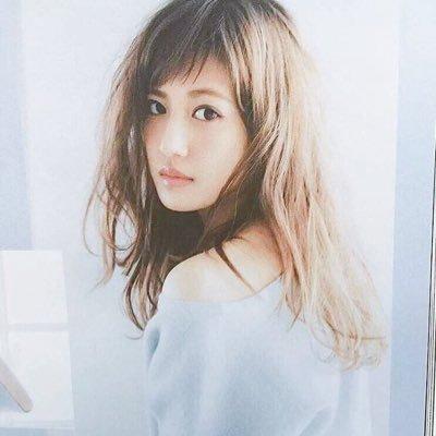 振り向く藤井夏恋