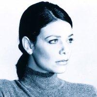 Meredith Salenger (@MeredthSalenger) Twitter profile photo