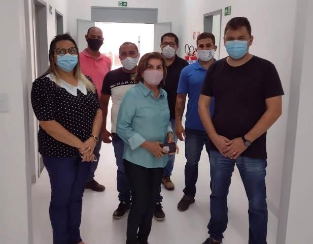 Prefeita Eunice Pessoa visitou as novas instalações do Centro de Imagens do Município.