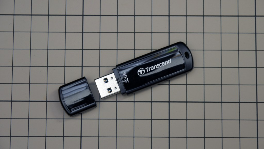 お買い得 USBメモリを探せ!トランセンド
