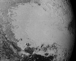 Pluto_Mosaic__3437549b