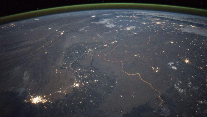 India-Pak Border at night