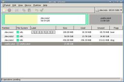 図1:仮想ディスクサイズは約80GB。SystemrescuecdのGparted。