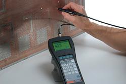 Bestimmung der Dicke von Kupfer-Schichten auf nichtgeätzten oder geätzten Leiterplatten und Bestimmung der Kupferdicke in Bohrungen