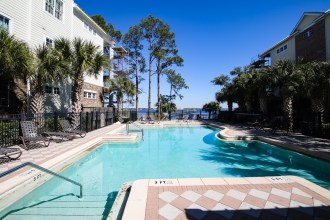 Waterhaven Bay Front Pool