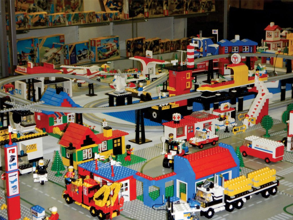 Vintage is in at collectible shows   The Columbian Lego connoisseur Scott Kirkland  039 s vintage bricks all come from 1960 to  1980