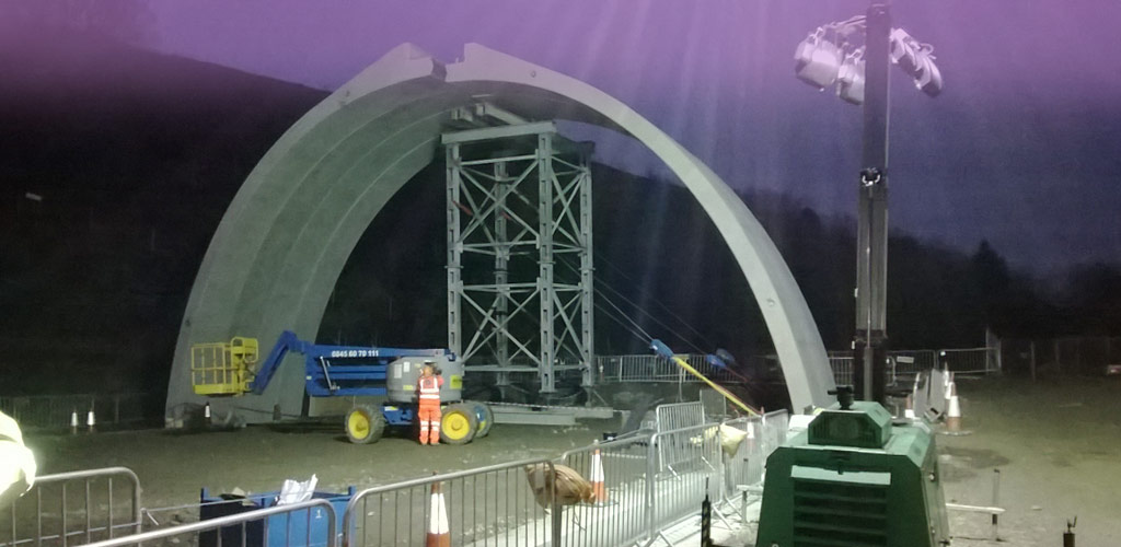 147 arch units weighing up to 20 tonnes