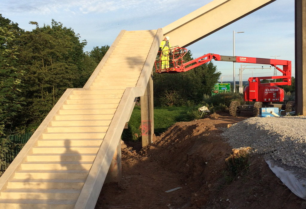 Mersey Gateway update 4 – assembling the precast concrete stairways