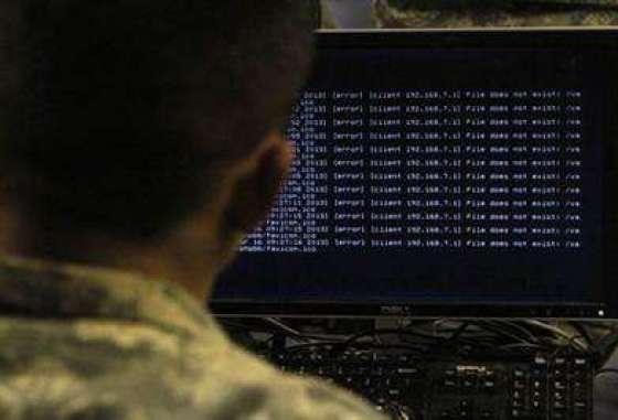 לפעמים ההאקרים הם עובדים בארגון שמחפשים פרצות אבטחה שונות