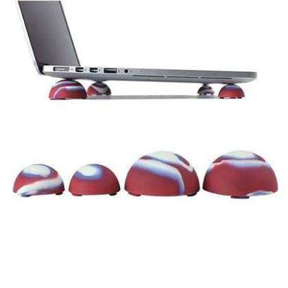 refinement-bright-silicon-cooling-ball-cover-for-macbook-0