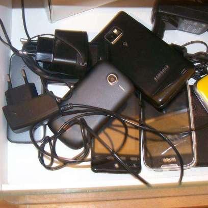 drawerwithphones