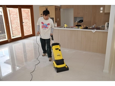 Kennards Hire Adds Floor Scrubbers to Hire Range