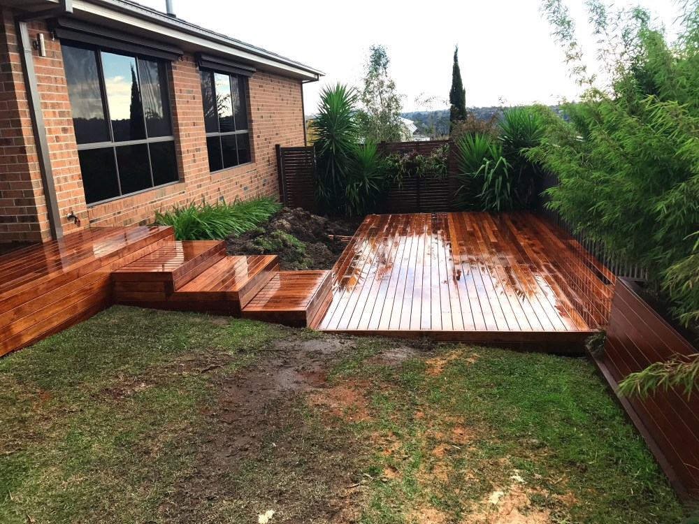 Decking & Outdoor Entertaining Areas