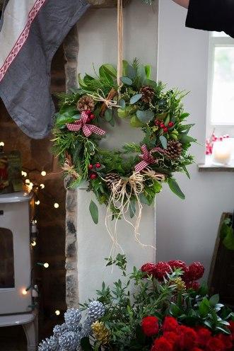 making-a-wreath-5