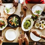 8 Tips for Eating Well While Dining Out