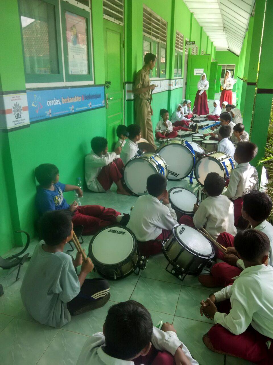 Extra Drum Band SD Muhammadiyah Bedoyo