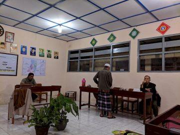 Pimpinan dan Anggota PCM Ponjong Persiapan Penilaian LPCR se D I Yogyakarta Gambar (02)