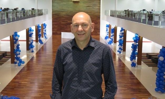 Luciano Hang realiza palestra na Faculdade Avantis