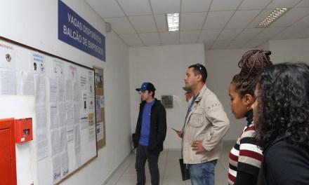Setembro inicia com 364 vagas no Balcão de Empregos
