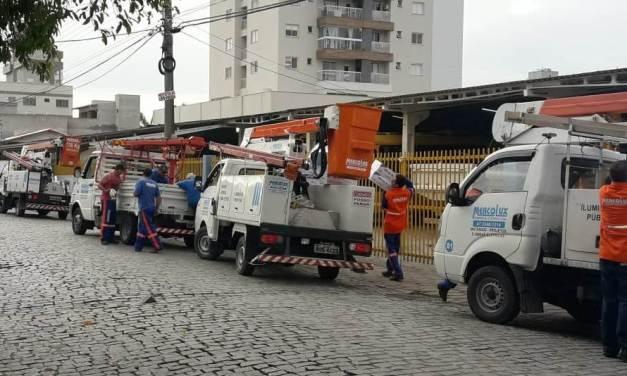 Ruas do Centro de Navegantes recebem melhorias na Iluminação Pública