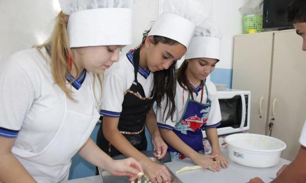 Fábrica de Biscoitos é uma das iniciativas empreendedoras de estudantes de Balneário Camboriú