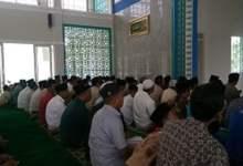 Shalat Jumat Perdana di Masjid Nur Tjokrosiwojo