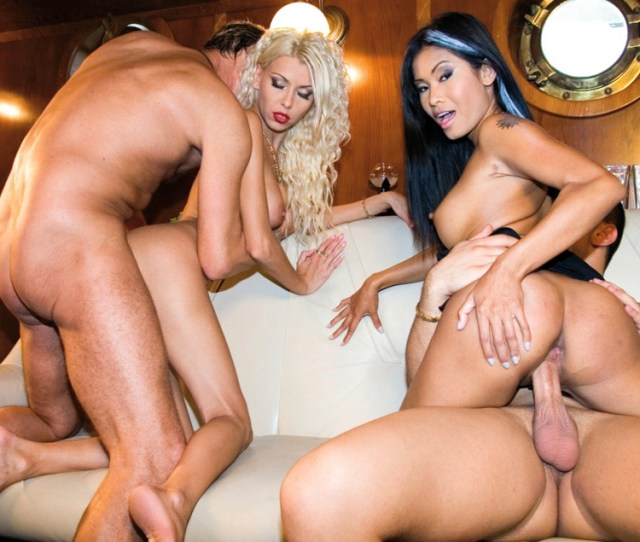 Nikky Blond And Priva Do An Anal Foursome
