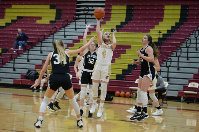 Lady Cougars Win Opener against Radford