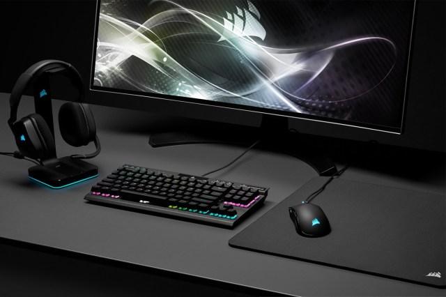 Corsair K70 RGB TKL Keyboard & Sabre RGB Pro Mouse Review 2