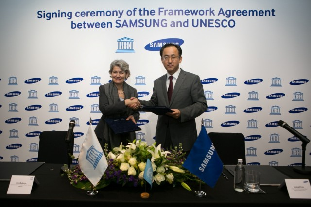 Samsung and UNESCO MoU signing ceremony-1