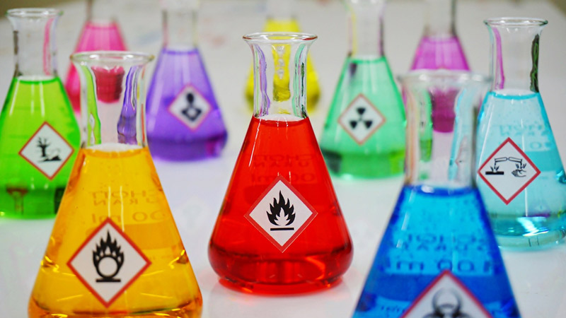 Na času hemije: Aplikacija informiše koje su hemikalije bezbedne za mešanje