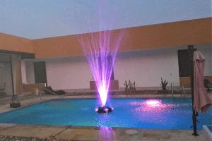 Fuente de Agua Flotante Volcan