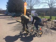 Parcours sur mini-vélos organisé par VALVE